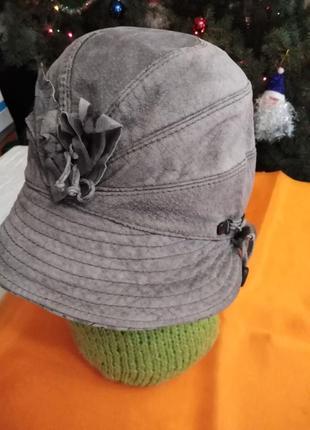 Эксклюзивная шляпка.