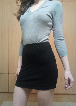 Мини-юбка h&m облягаюча чорна спідниця