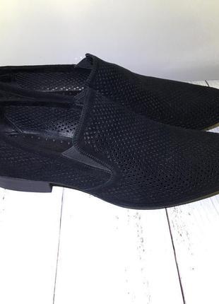 Летние замшевые перфорированые туфли emilio landini  43 размер на 28.5 см