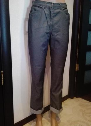 Отличные джинсы укороченные высокой посадки серые классические