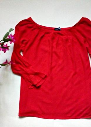 Аrтуальная красная блуза l