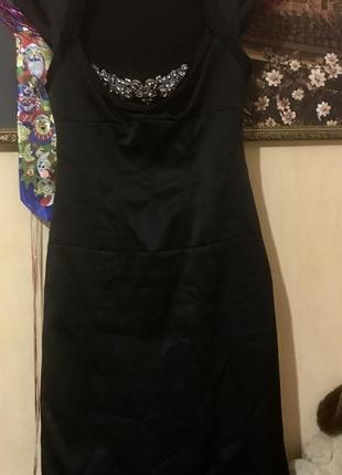 Маленькое чёрное, шикарное платье 👗 с корсетом и стразами.
