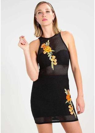 Платье в сеточку с вышивкой missguided
