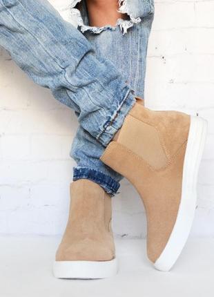 Демисезонные ботинки высокие слипоны