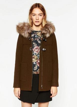 Пальто дафлкот с мехом