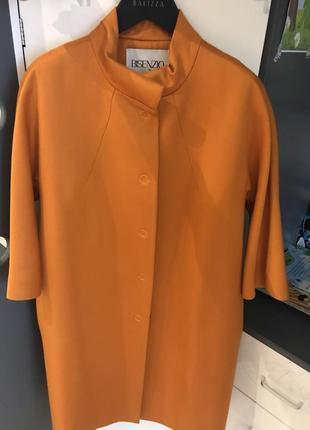 Пальто терракотового цвета