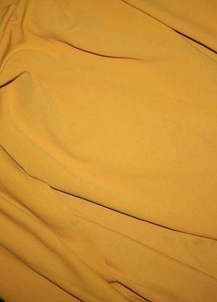 Платье с кейпом горчичного цвета5