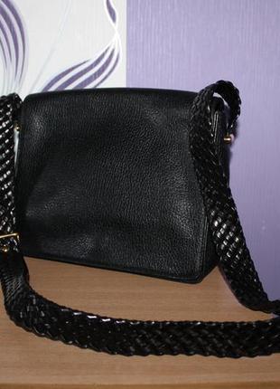 Добротная кожаная итальянская сумка с ручкой переплеты desmo
