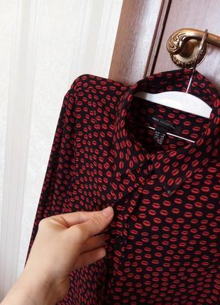 Эффектная блуза, рубашка в поцелуи