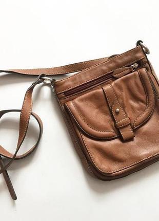 Кожаная сумка clarks кроссбоди
