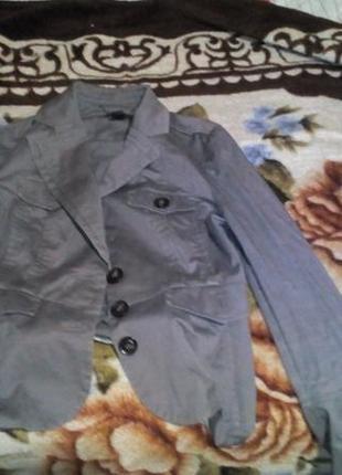 Пиджак фирмы манго