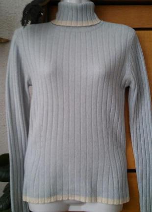 Шерстяной светлоголубой свитер-гольф известного бренда, размер s -м,