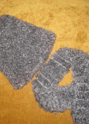 Шапка зимняя + шарф 3-4 г.