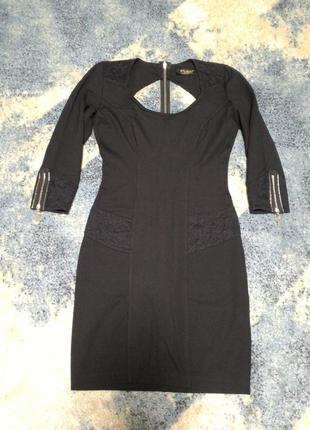 Супер платье по фигуре с эффектной спинкой