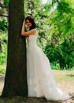 Нежное персиковое свадебное платье! не венчаное!