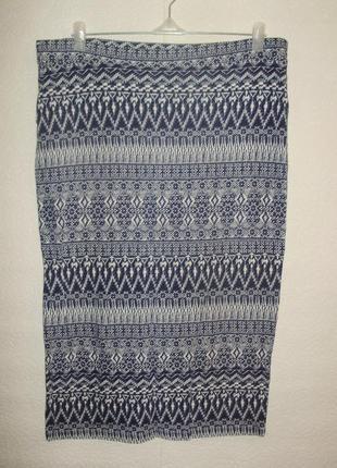 Трикотажная юбка карандаш в принт 16/50-52 размера