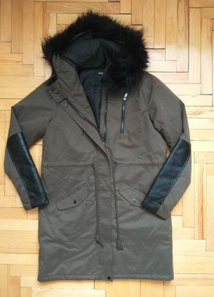 Куртка парка на зима/осінь кольору хакі з хутром і виставками під шкіру