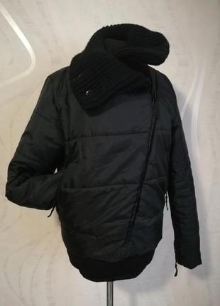 Теплая куртка косуха с обьемным воротом
