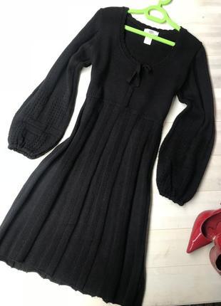 Теплое вязанное платье
