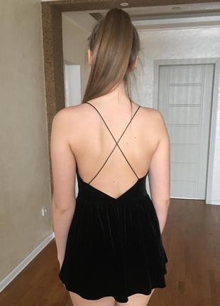 Трендовре бархатное платье-комбинезон