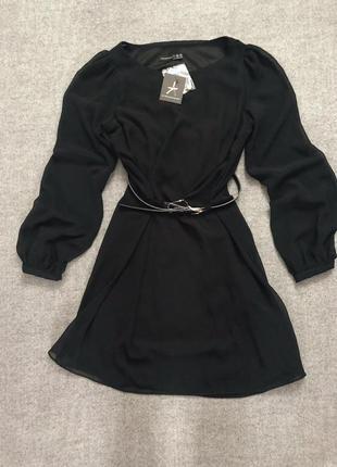 Новое шифоновое чёрное платье с поясом