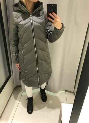 Тёплое серебристое пальто серое пальто на синтепоне. reserved. размеры разные.