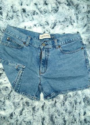 Классические джинсовые шорты gap