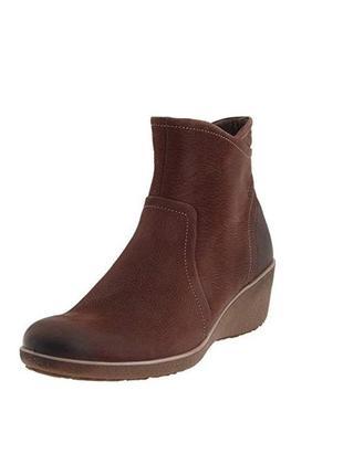 Демисезонные ботинки на танкетке ecco, 27.5 см