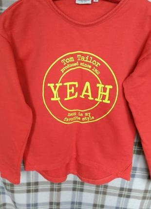 Красный свитшот от tom tailor