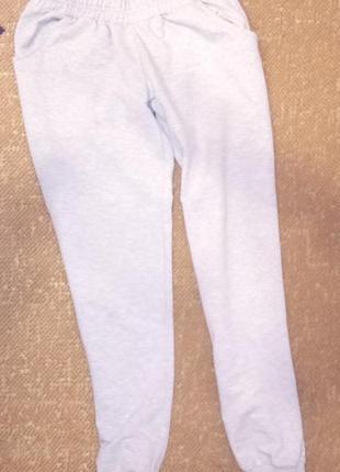 Спортивный костюм р.140-146