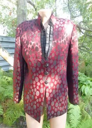 Стильный нарядный пиджак 48-50