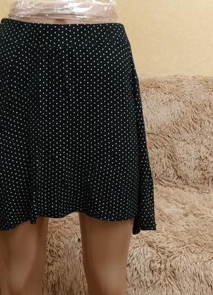 Стильная юбка в горошек, легкий трикотаж