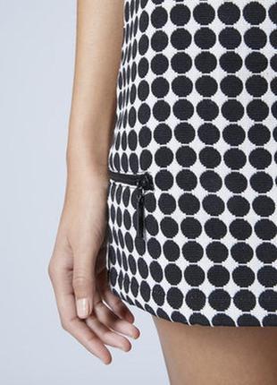 Трендовая плотная мини юбка в горошек от topshop р. s