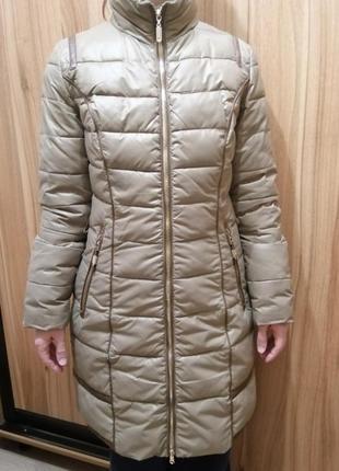 Зимнее пальто-пуховик с жилеткой размера м
