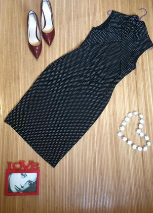 Стильное платье в горошек по фигуре,размер  m