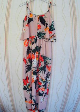 Бомбезное  длинное летнее платье-сарафан с тропическим принтом, размер m, l.