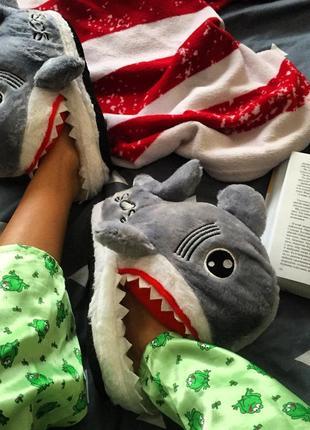 Домашні тапці тапочки домашние акула
