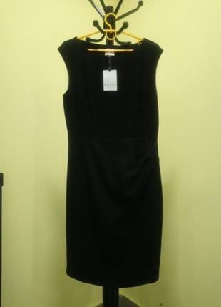 Черное платье с открытой спиной reiss