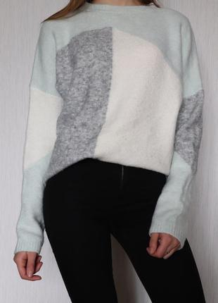 Теплый мягкий свитер оверсайз