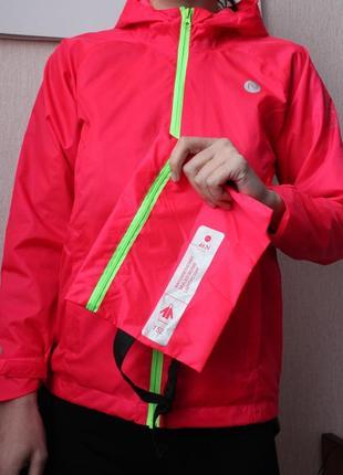 Ярко розовая ветровка с сумкой для хранения nord 152 рост