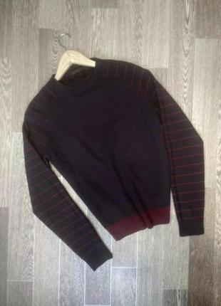 Фирменный свитер джемпер из овечьей шерсти