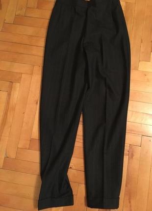 Шерстяные брюки классического покроя marks &spencer 38