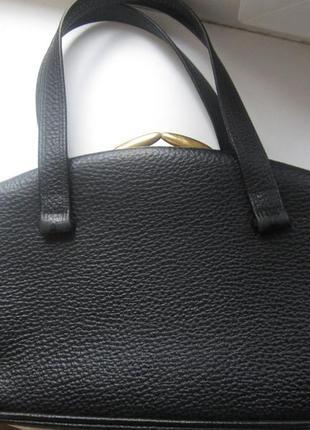Маленькая сумка мясистая кожа