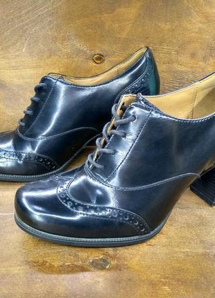Кожаные туфельки туфли женские clarks ( 36 размер )
