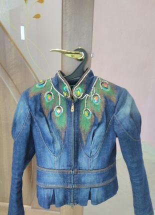 Джинсовая куртка gizia