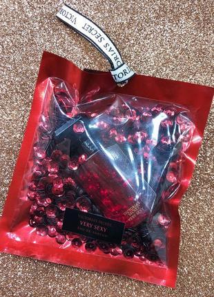 Парфюм victoria's secret very sexy в подарочной упаковке. по очень приятной цене!