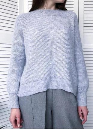Небесно-гобубой свитер с шерстью альпаки