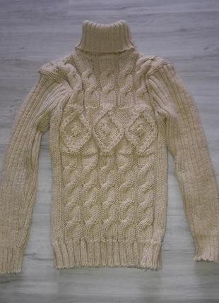 Теплые свитеры шерстяные