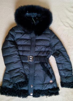 Фирменный теплый зимний пуховик, пальто, куртка с песцом  р.48-50