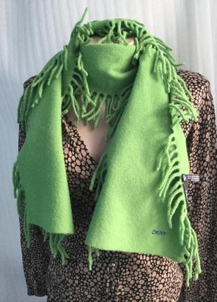 Теплый шерстяной шарф dkny
